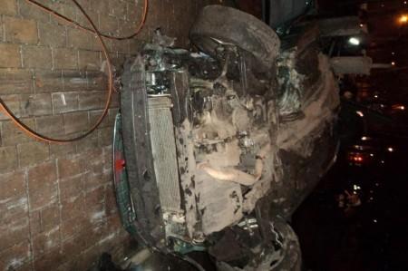 Chevrolet Lacetti врезался в бил-борд