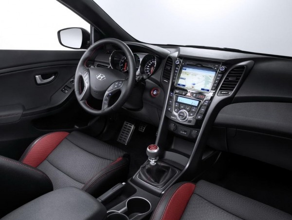 Hyundai i30 2015 фото салона