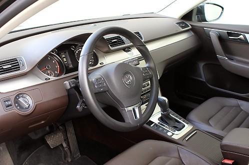 VW Passat В7 фото салона