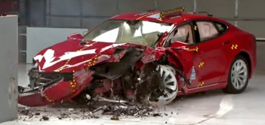 Краш-тест Tesla Model S 2014
