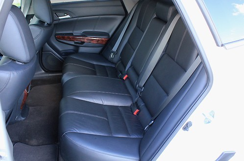 Honda Crosstour задние сиденья