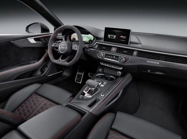 Audi RS5 фото салона