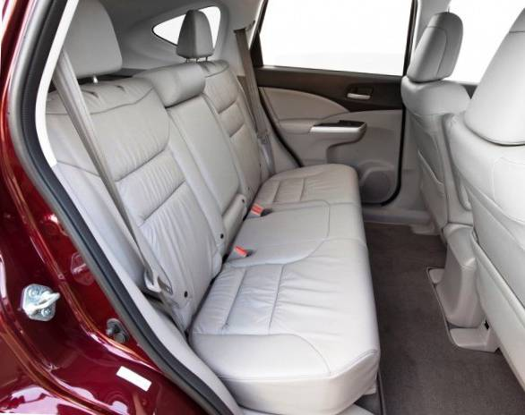 Сидения для задних пассажиров в Honda CR-V