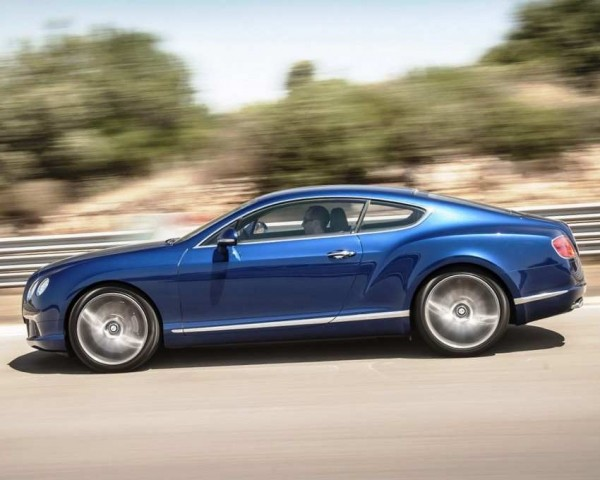 Bentley Continental GT Speed Фото в движении