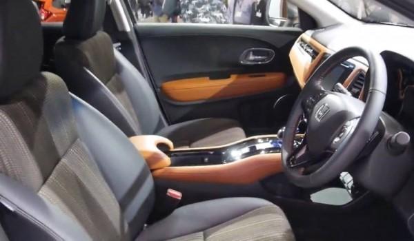 Honda CR-U (Vezel) фото салона