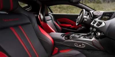 Aston Martin Vantage фото салона
