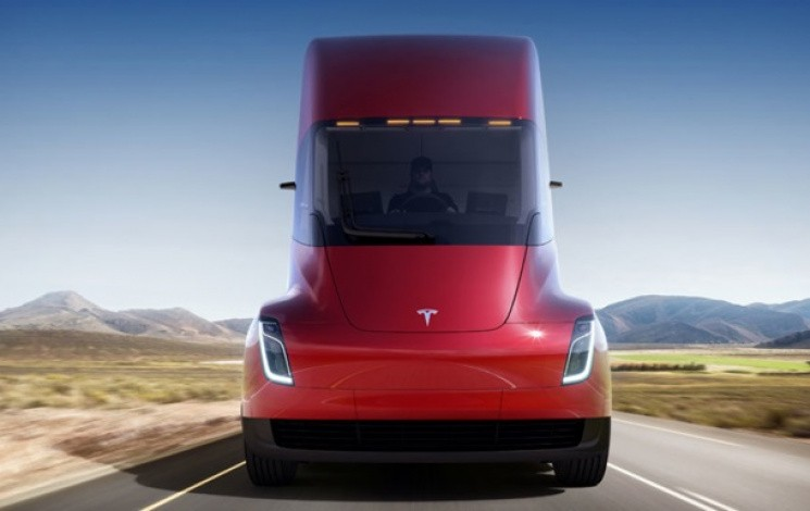 электрогрузовик Tesla Semi