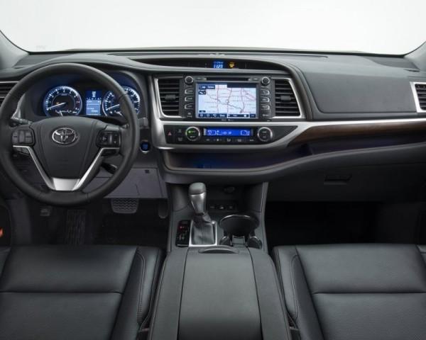 Toyota Highlander 2014 — 2015 фото салона