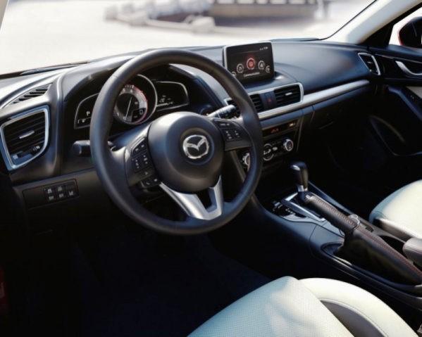 Mazda 3 2014 фото салона