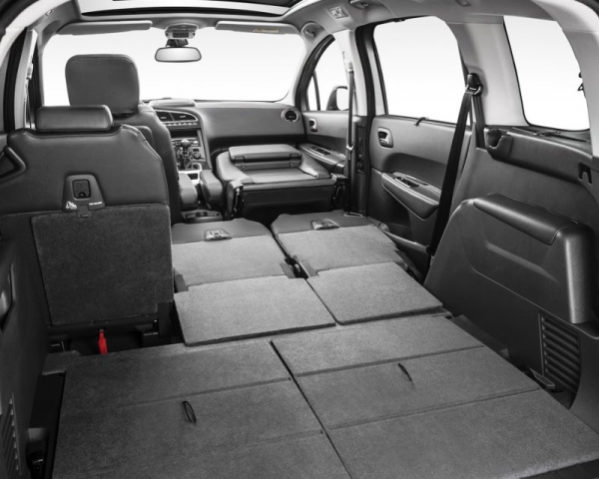 Peugeot 5008 фото салона